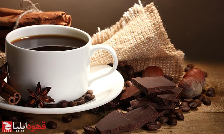 چه قهوهای کافئین بیشتری دارد ؟