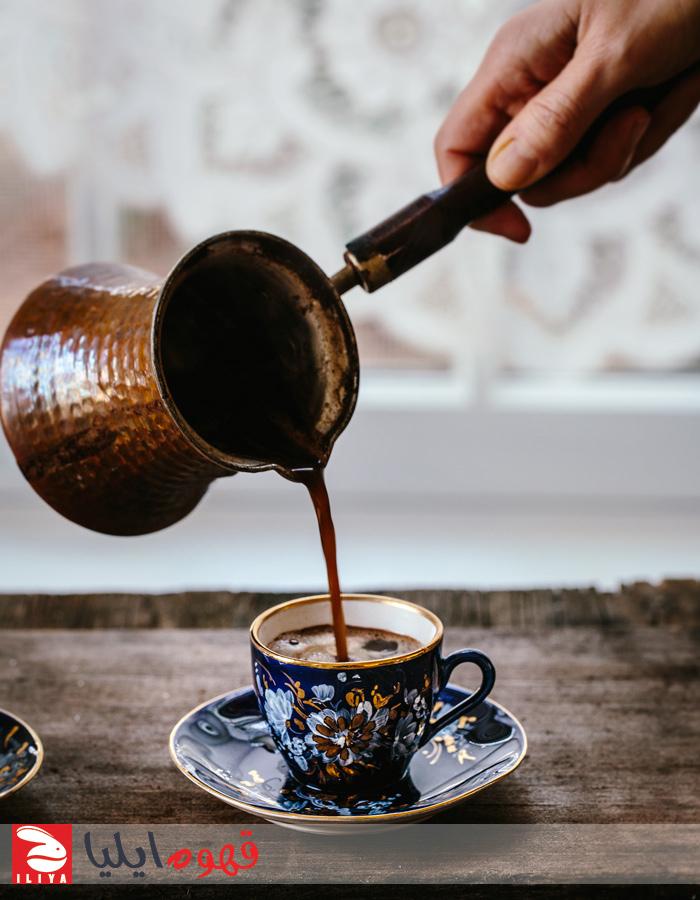 سرو کردن قهوه ترک