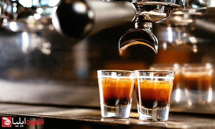 طرز تهیه اسپرسو کان پانا ( Espresso con panna )