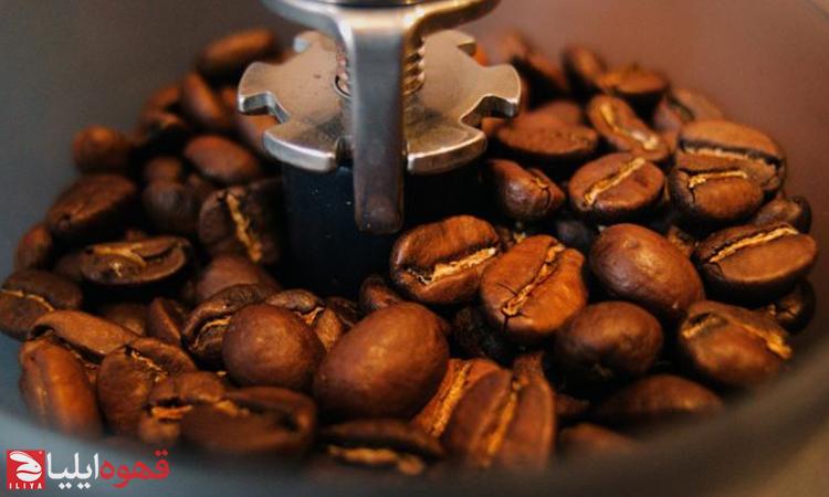 راهنمای انتخاب آسیاب مناسب برای تهیه قهوه